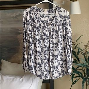 White and gray floral blouse